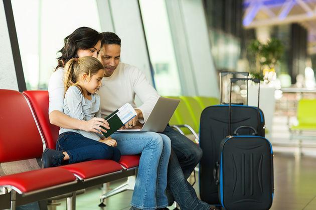 Comment bien préparer son voyage en avion ?