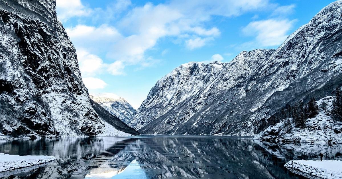 Norvège - Hiver - neige - montagne - lac